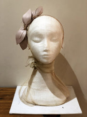 Fleur Cuir Leaves Leather Headband in Nude