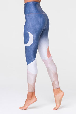 Sustainable Soul Graphic High Rise Midi Legging Sol Y Luna