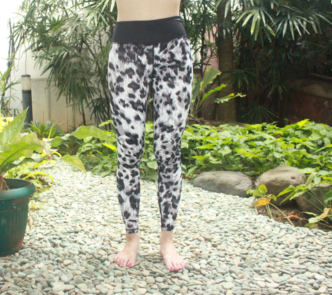 Flexi Yoga Pants Black Leopard