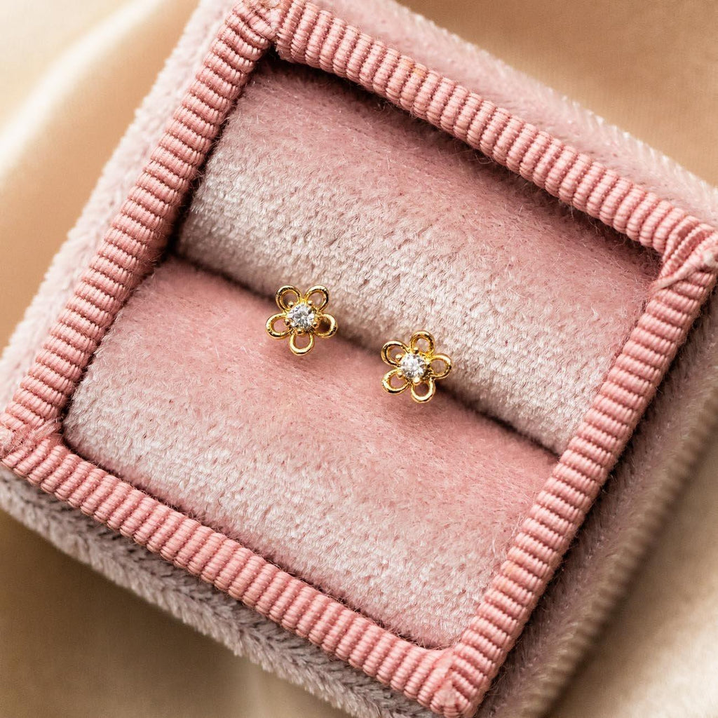 mini flower stud earrings