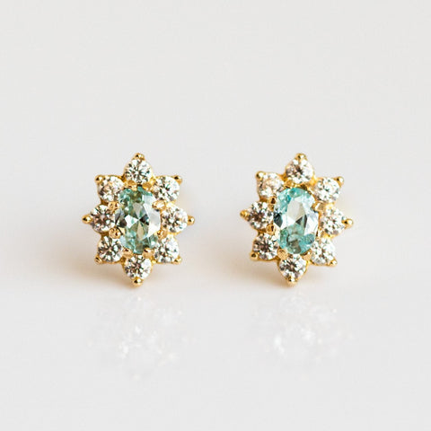 Local Eclectic - 14K Yellow Gold Flower Aquamarine Stud Earrings - Amarilo Jewelry
