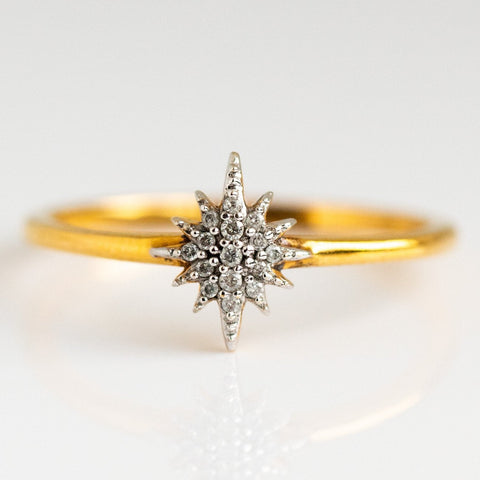 Snowflake Inspired Diamond Gold Ring