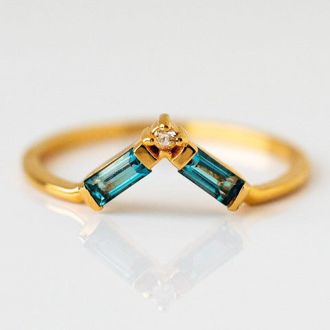 London Blue Topaz Baguette Gemstone Yellow Gold