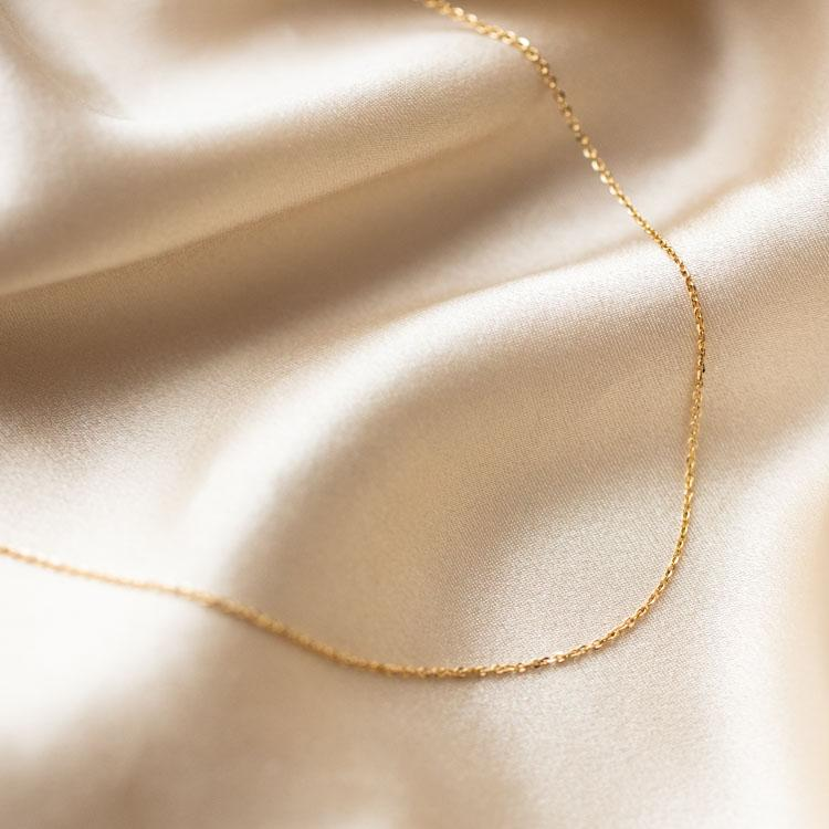 solid yellow gold simple modern jewelry necklace chain family gold