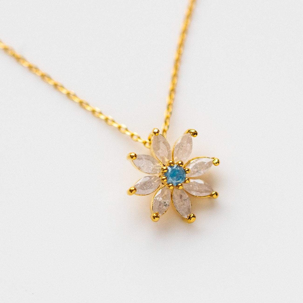 Dazzling Daisy Necklace Pendant Dainty Yellow Gold Floral Flower Jewelry