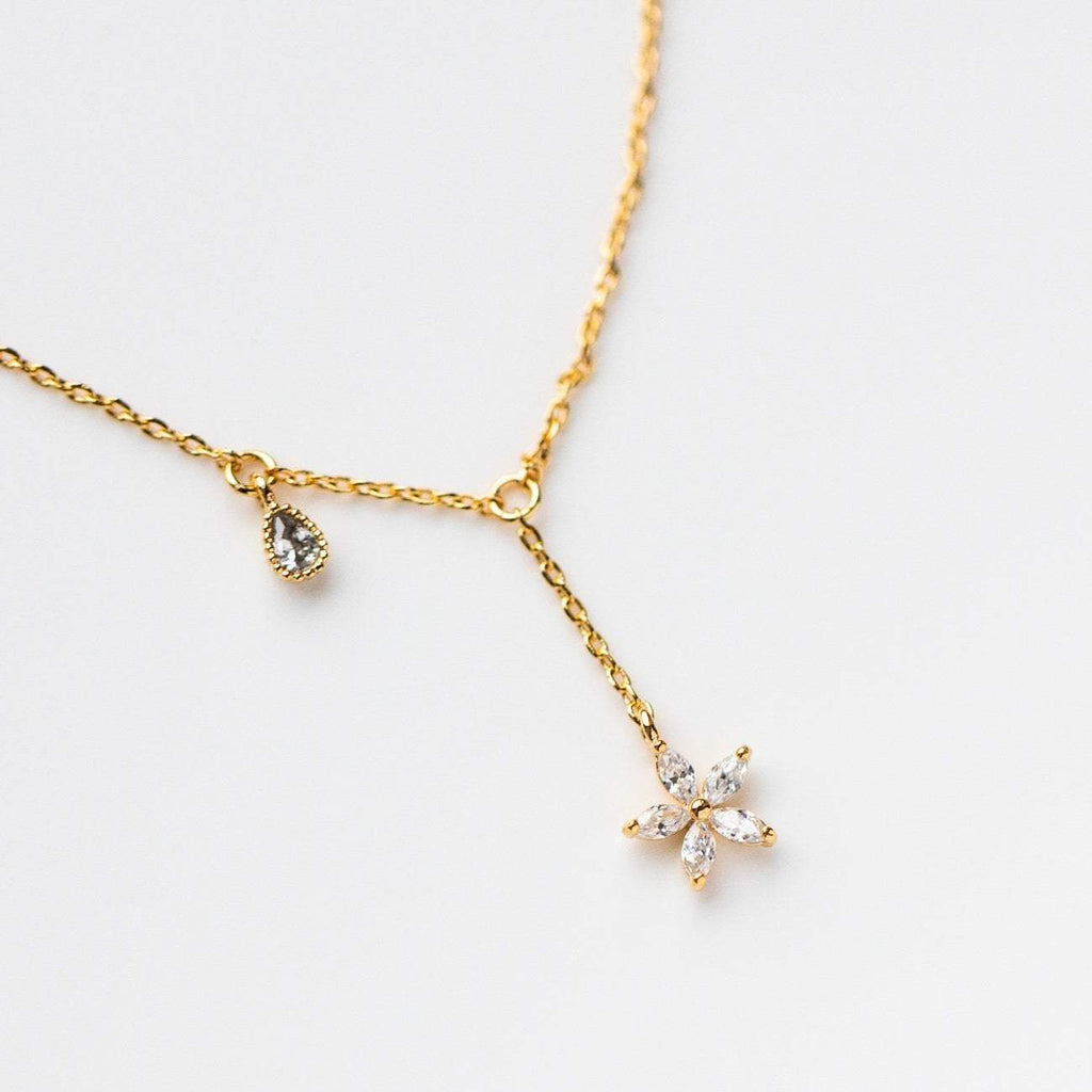 Flower Blossom Dangle Necklace Minimal Dainty Yellow Gold Jewelry