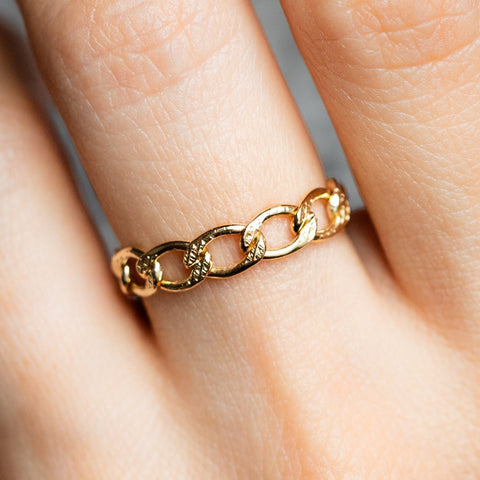 Chain Ring Yellow Gold Unique Edgy Pliable Ring Jurate