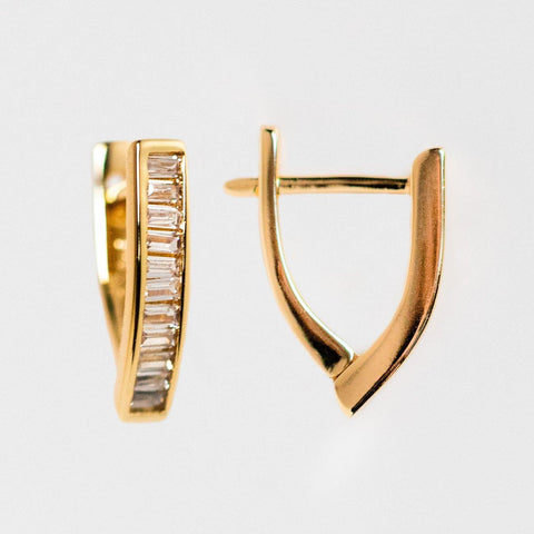unique baguette v shaped huggie hoop earrings