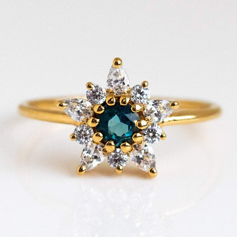 London Blue Topaz Diamond Posy Yellow Gold Ring La Kaiser