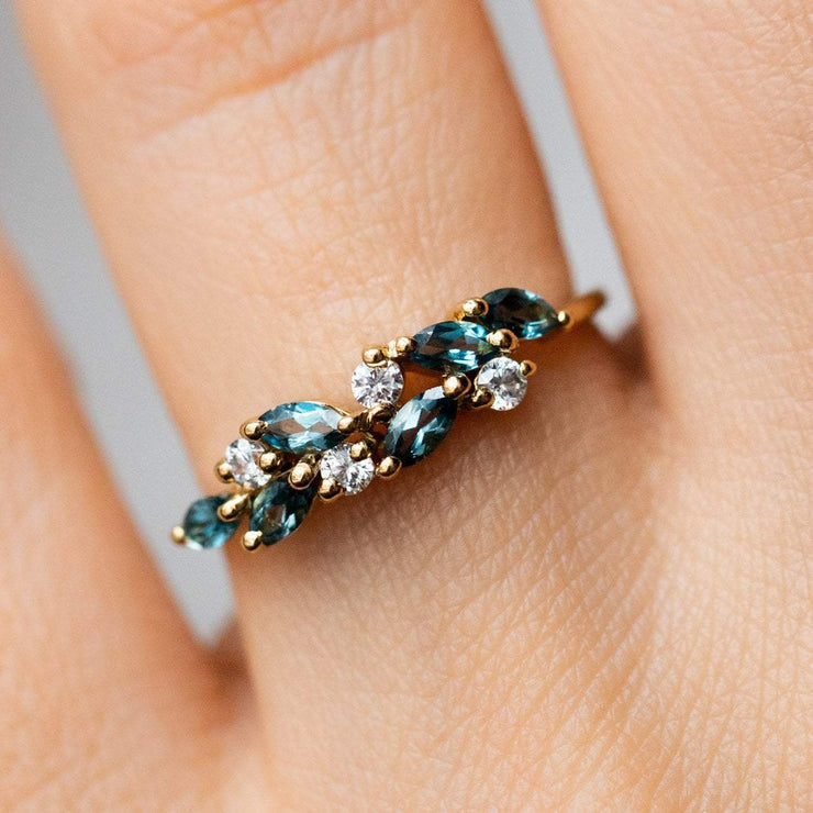 London Blue Topaz CZ Yellow Gold Dainty Modern Ring La Kaiser
