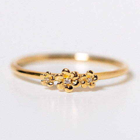 solid yellow 14k daisy garland floral inspired diamond ring