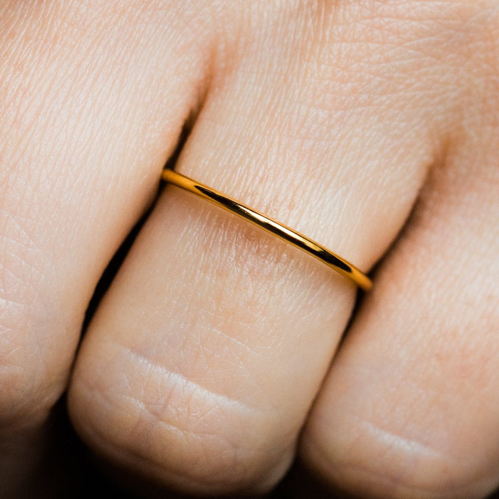 minimal gold ring, minimal band