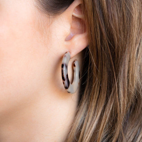 Kate Hoop Earrings in Ash Blonde