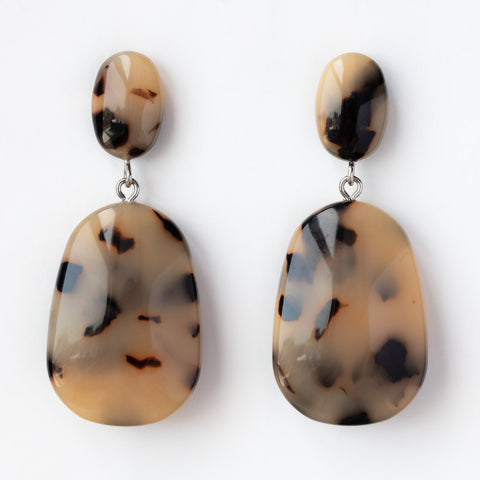Grande Drop Earrings in Blonde Tortoise
