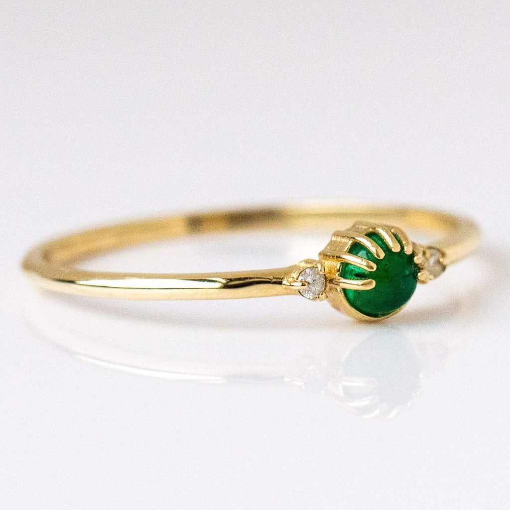 Joyful Eyes Ring with Emerald