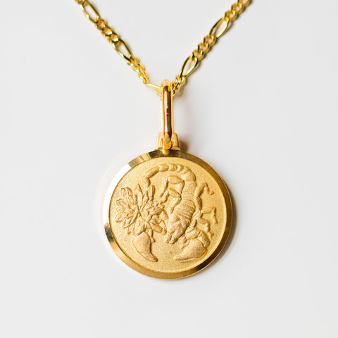 scorpio unique yellow gold horoscope pendant necklace with figaro chain