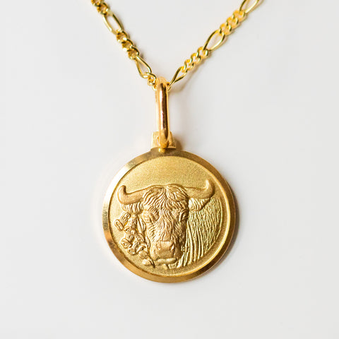 taurus unique yellow gold horoscope pendant necklace with figaro chain