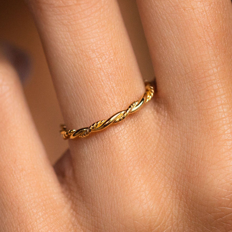 Twisted Ring simple dainty modern yellow gold jewelry