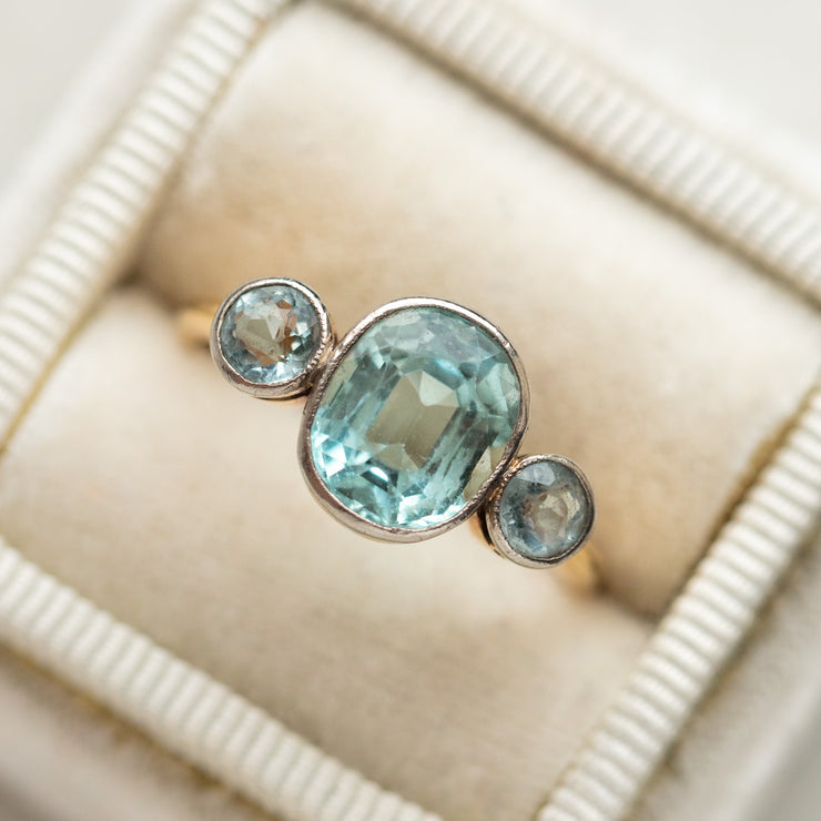 vintage 18k aquamarine triple stone ring solid yellow gold authentic vintage jewelry