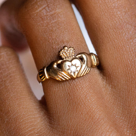 vintage 9k diamond set claddagh ring unique yellow solid gold authentic vintage jewelry