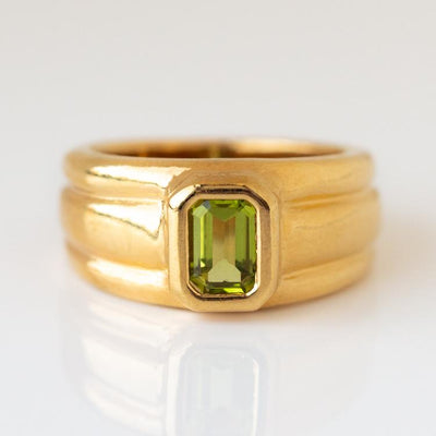Penelope Ring in Peridot unique chunky yellow gold modern jewelry