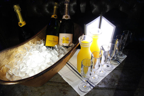 SPECIAL: VIP Table 1-10 Guests<br>3 Bottles