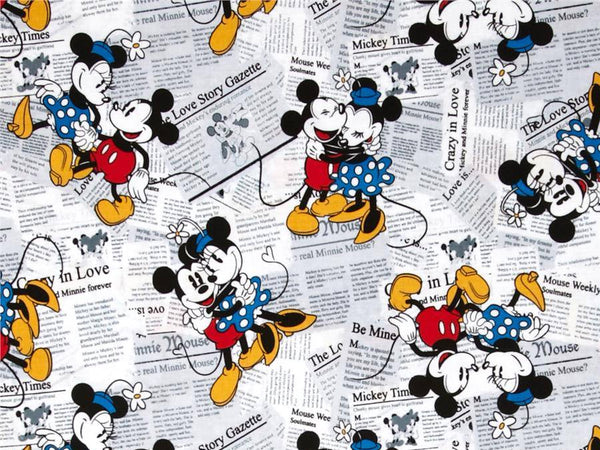 PRE-ORDER Bandana Bib Mickey Minnie News