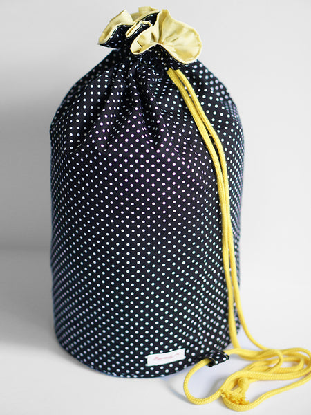 PRE-ORDER Carrier Sling B/w Dots