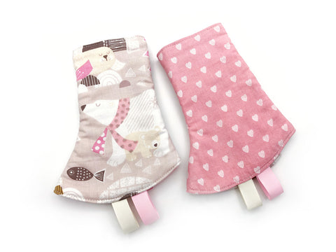 IN-STOCK Corner Drool Pads Arctic Animals Pink