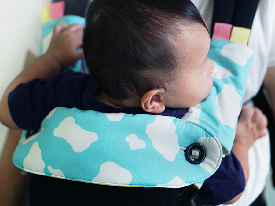 Moo Moo Blue + Yellow Ergo360 Drool Bib
