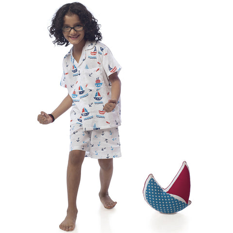 Kid's Pyjama Shirt & Shorts Set - Boat