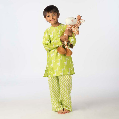 Kid's Pyjama Set <br> Giraffe