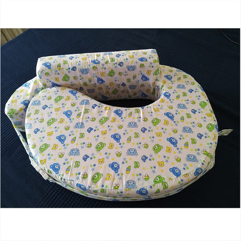 Comfeed Nursing Pillow - White with Blue Teddies
