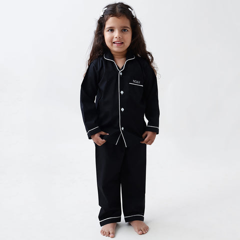 products/LW9560PJClassicBlackPajamaSet1.jpg