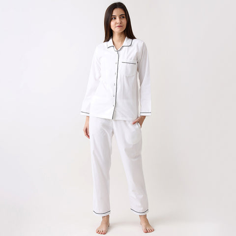 products/LW9562PJClassicWhitePajamaSet1.jpg