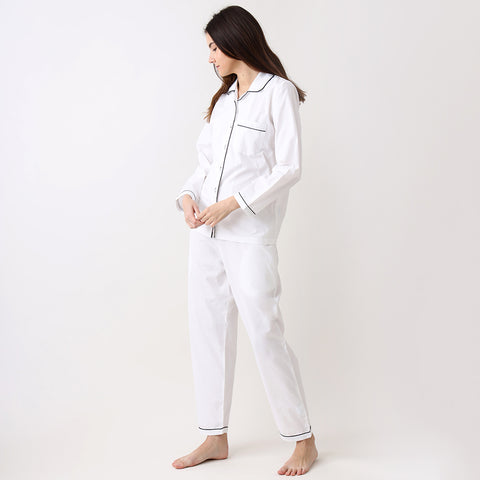 products/LW9562PJClassicWhitePajamaSet2.jpg