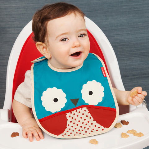 Skip Hop Zoo Infant and Toddler Tuck-Away Bib, Owl