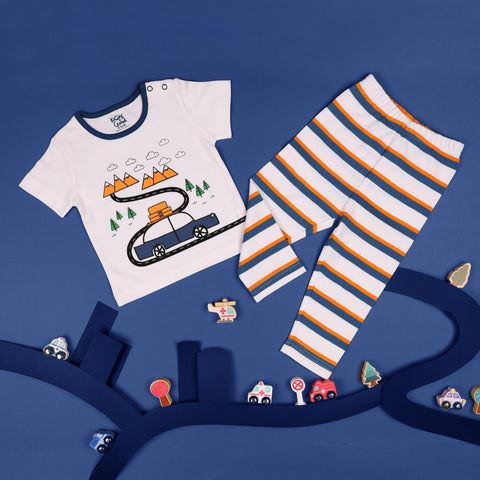 Kicks & Crawl- Mountain Explorer Coordinate Set (NB, 0-24)