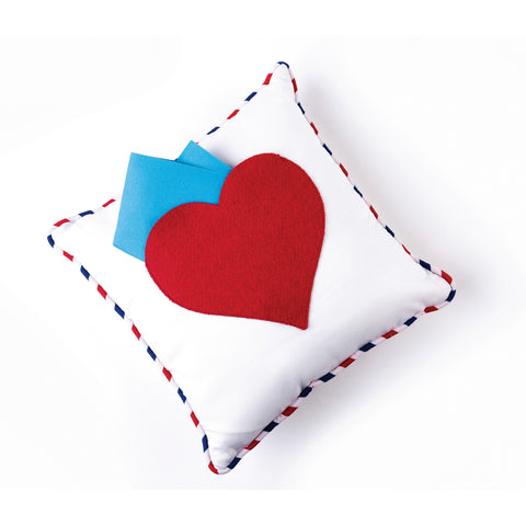 products/Pocket_Pillow_-_Heart_Pillow-02.jpg