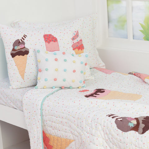 products/Scoops_Smiles_Quilt.jpg