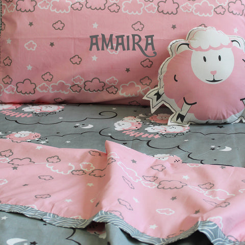 products/Sheep_Pink_-_Bedding_set_4.jpg