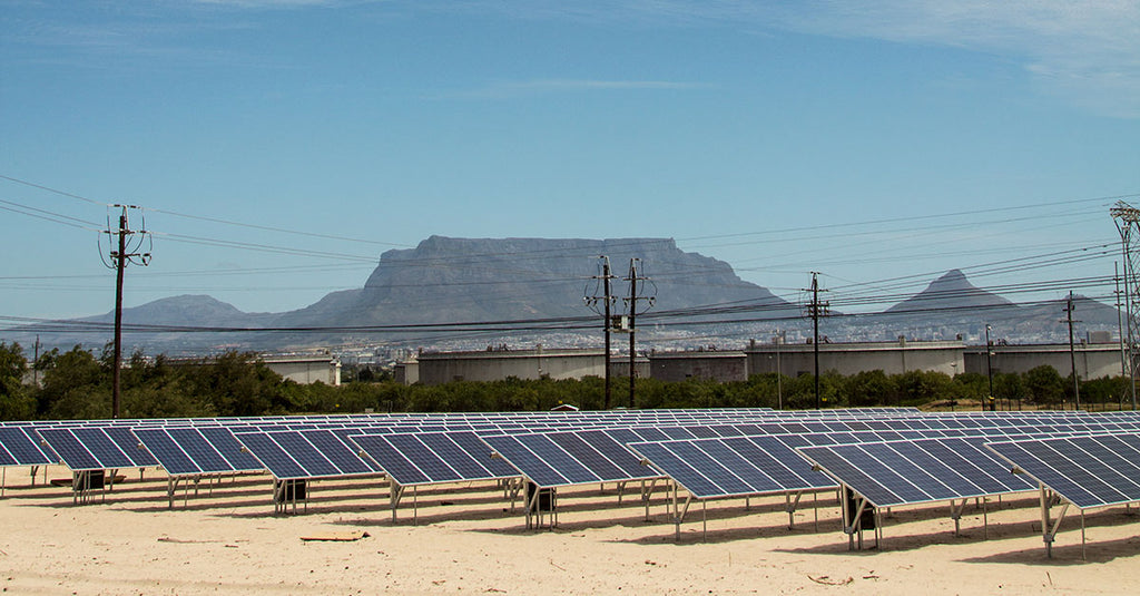 Solar Power Lights up De Grendel