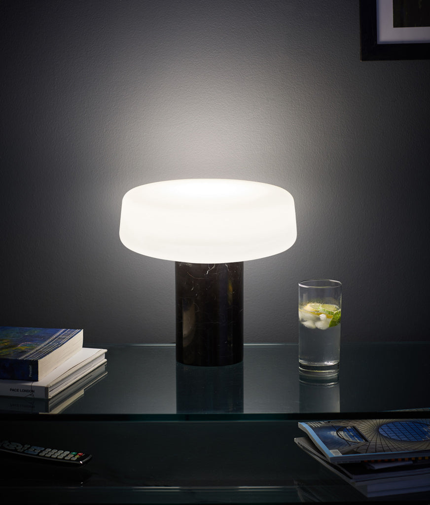 Solid Table Light - Nero Marquina Marble