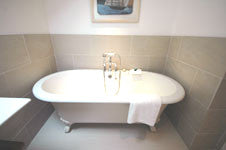 st.ives cottages main bathroom roll top bath. Cehval Roc house