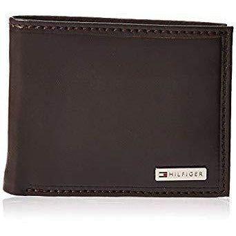 Tommy Hilfiger Men's Leather Passcase Wallet Brown Plaque