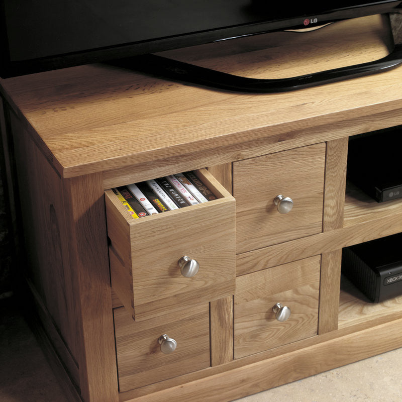 Mobel Solid Oak 4 Drawer Television Cabinet -  - TV Unit - Baumhaus - Space & Shape - 1