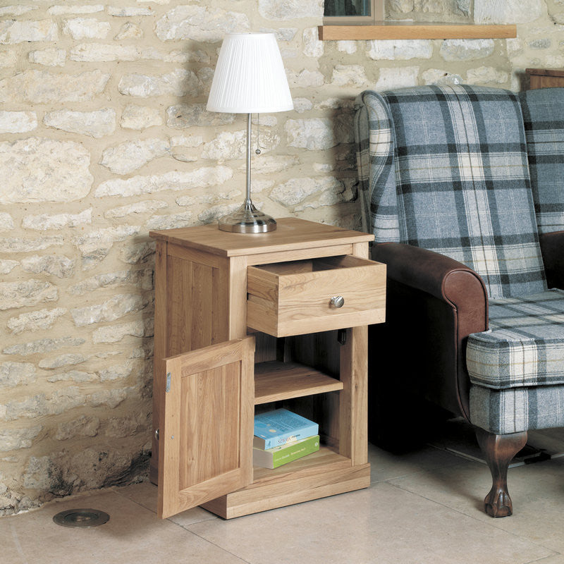 mobel solid oak one door one drawer lamp table