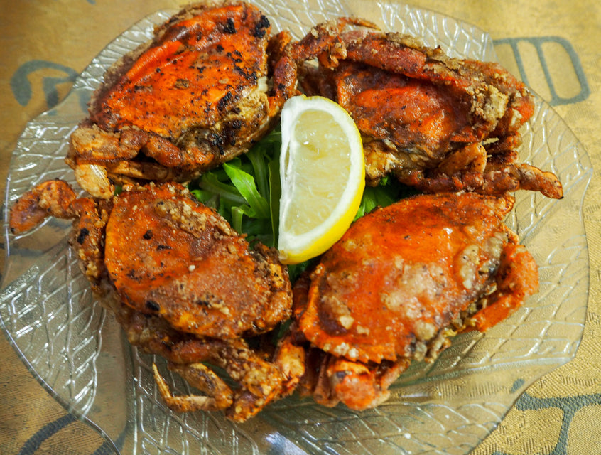 PEPPER AND GARLIC SOFT-SHELL CRABS