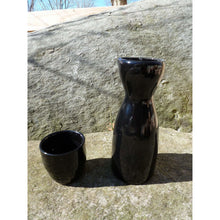 Load image into Gallery viewer, Black Porcelain Sake Set