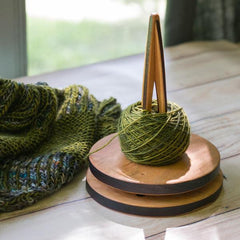 Hannah's Ideas in Wood Cherry Yarn Spinner